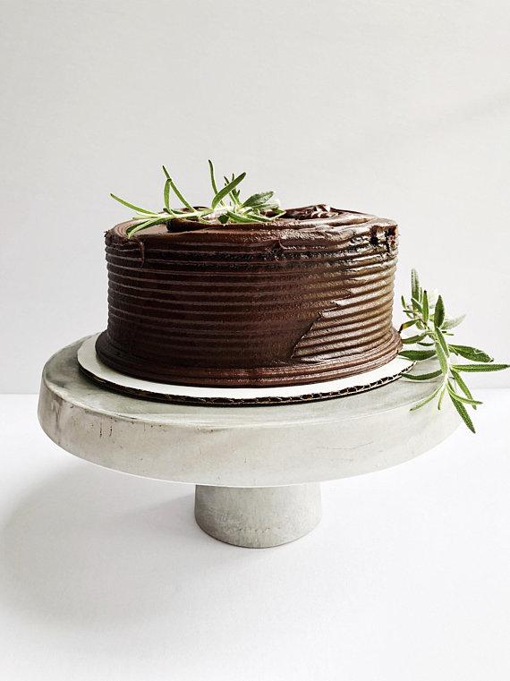 concrete cake stand