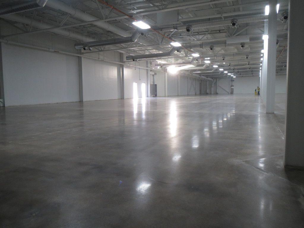 piso de hormigón pulido - nave industrial